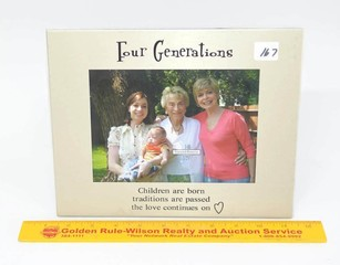 Treasured Memories by Ganz - Picture Frame - Four