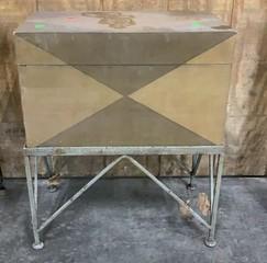 Hinge Top Storage Box On Base