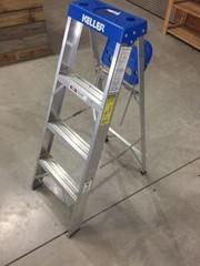 Keller 4' Aluminum Step Ladder