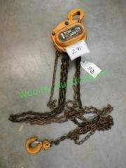 One Ton Manual Chain Hoist with two hooks