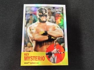 Rey Mysterio Refractor WWE Wrestling Card