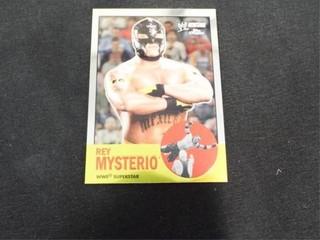 Rey Mysterio WWE Superstar Heritage Trading Card