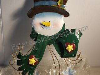 Gifts and Holiday Decor Online Auction