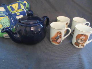 Teapot & Mugs