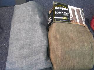 2 Assorted 52x84 inches Eclipse Bla...