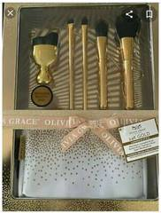 Olivia Grace Boutique 24K Gold Luminous Makeup Brush Collection with Beauty Bag