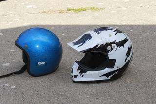 Lot of two helmets