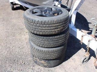 Set of tires w/rims