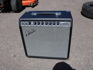 Fender Guitar amp, new
