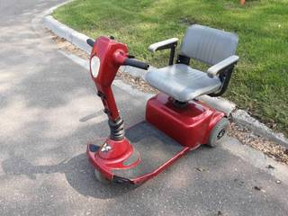 Pride Victory 3-Wheel Power Scooter-Condition Unknown-Has No Power Cord