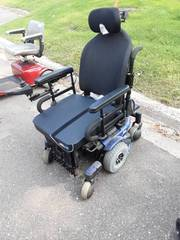 Pride J-6 Power Chair-Condition Unknown-Has No Power Cord (See Lot 6)