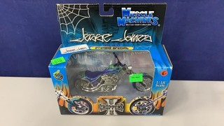 Muscle Machines West Coast Choppers Blue 1:18