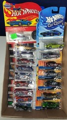 Flat: Apx 16 Assorted Hot Wheels