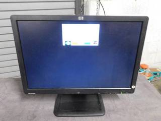 HP lE1901w Black 19  Screen 1440 x 900 Resolution lCD Flat Panel Monitor