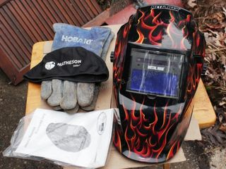 Metal Man self dimming welding helmet & gloves