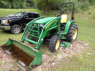John Deere 4320 ONLY 780 HOURS! backhoe, mower