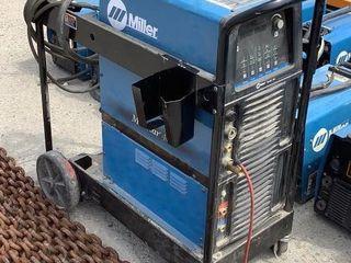 Miller Welder MaxStar 400