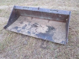 70in. Utility bucket for skidsteer