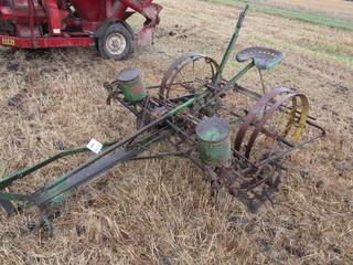 127. Nice John Deere Model 999 Two Row Disc Corn Planter on Steel, Original
