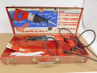 Heavy Duty Milwaukee Electric Sawzall