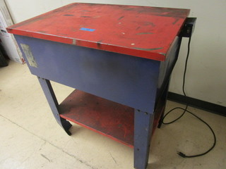 SOLVENT PARTS WASHER STATION