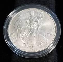 1996 AMERICAN SILVER EAGLE 1 TROY OZ. .999 FINE SILVER IN AIRTITE