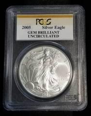 2005 AMERICAN SILVER EAGLE 1 TROY OZ. .999 FINE SILVER GEM UNC PCGS
