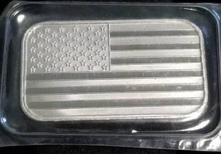 1 TROY OZ. .999 FINE SILVER BAR US FLAG DESIGN SEALED