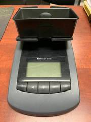 Precision scale helps you quickly count out your cash drawer