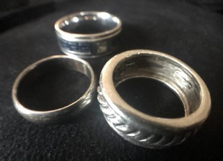 Lot - (3) Misc rings