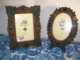 CAST METAL JEWEL INSET PICTURE FRAMES