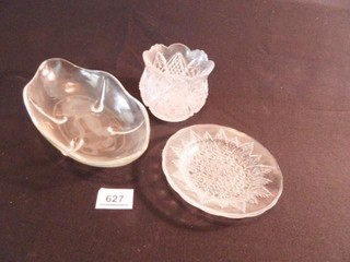 Glass Dishes   3  Serving Pieces