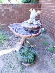 Concrete Birdbath w Duck