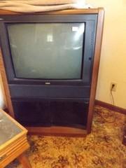 RCA ColorTrak Plus in Cabinet  27