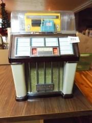 Crosley AM FM Radio  Cassette Jukebox