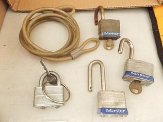 Padlocks  4    3 with Keys