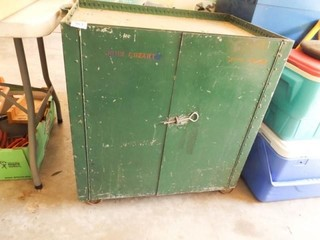 Metal Green Rolling Cart  30  x 28  x 18