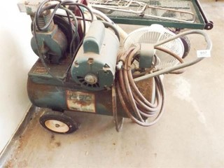 Air Compressor   powers on