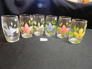 Drinking Glasses w Painted Design