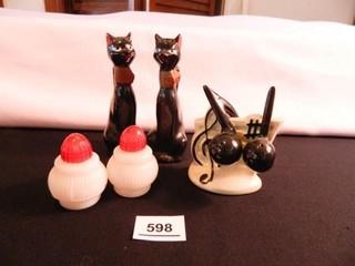 Cats  Milk Glass  Musical S   P Sets