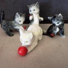 Vintage Goebel Cat Friends