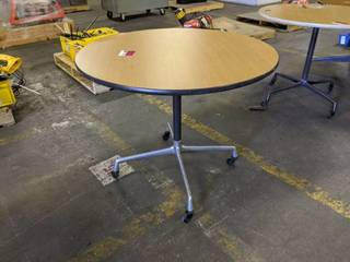 Round Rolling Table