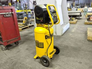 DeWalt 15 Gallon Compressor On Wheels
