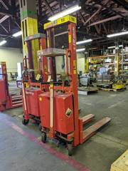 logitrans Interthor Pallet lift 1000 1590 Capacity 2200 lBS