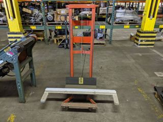 Wesco WDPl 54 2222 Modified Manual Hand Winch Two Wheel Stacker Capacity 750lBS