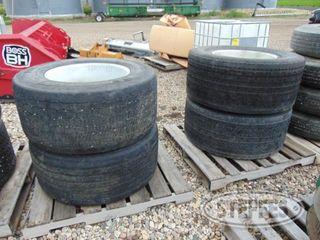 (4)-445-50R22-5-tires-on-aluminum-rims-_1.jpg