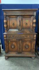 4 Door, 1 Drawer Cabinet 40x19x61