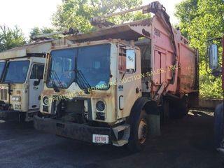 2009 MACK MRU-613 FRONT LOAD TRUCK