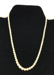 Ladies Necklace Of Graduated Pearls. The 16