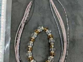 Necklace and bracelet with glass beads?